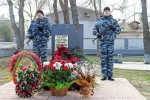 В Крыму установлен памятник погибшему в Киеве бойцу Беркута Андрею Федюкину (фото)