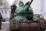 В Антраците казаки ЛНР воюют с киевскими оккупантами на танке Т 34 (фото)